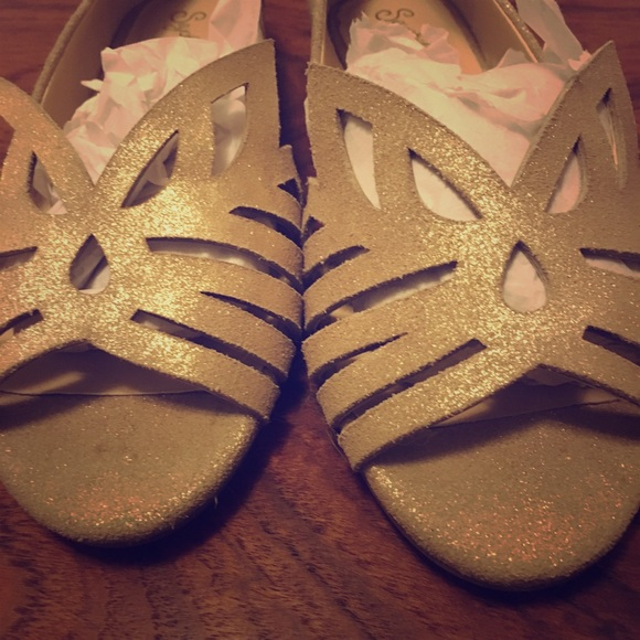 Seychelles Purrfect Gold Metallic Suede Flats